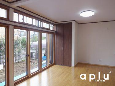 大きい窓の冬場対策や結露防止に内窓をもうけました。これで寒い冬も安心です。<br />