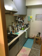 老朽化してしまったキッチンを入れ換えます。