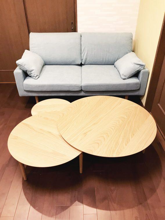 床の補強と共にフローリング『床暖房(電気式)付き』を重ね張りしました。<br /> 家具の入れ替えのご提案として、ホワイトオークの無垢のTVボードと鏡台、ソファとテーブルをコーディネートしました。
